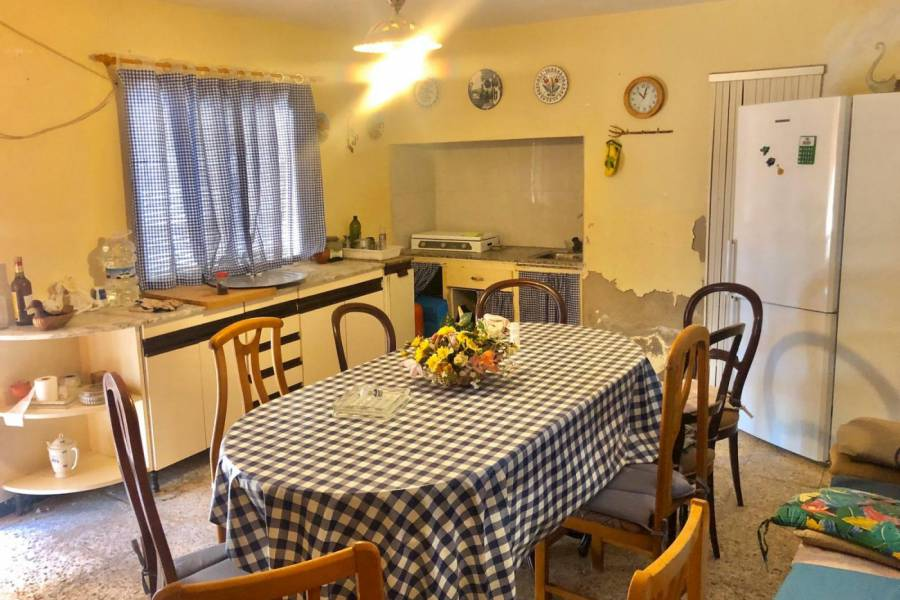 Re-sale - Country house - Aspe