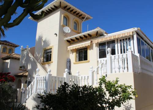 Villa - Re-sale - Playa Flamenca - Alicante