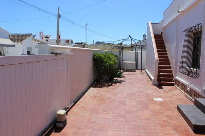 Re-sale - Villa - Villamartin