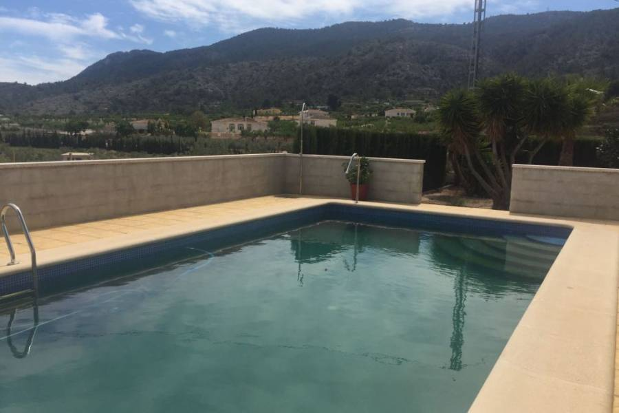 Re-sale - Country house - Hondon De Las Nieves