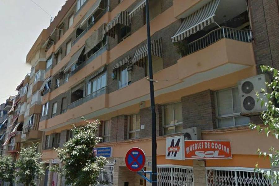 Re-sale - Apartment - Alicante
