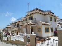 Re-sale - Quad / Semi detached - Villamartin